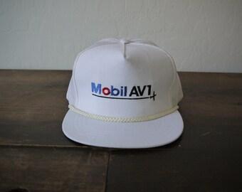 18eebad3389 Vintage 70s Mobil AV1 Hat