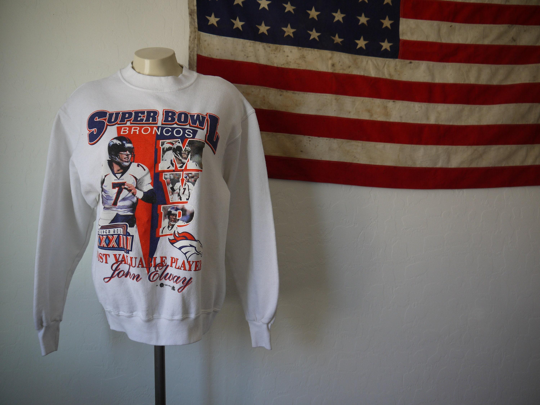 5c05969defa Vintage Broncos Super Bowl XXXIII MVP John Elway sweatshirt / 90s John  Elway top / 90s Denver Broncos / 90s NFL
