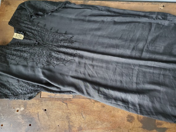 Vintage black embroidered cotton Moroccan dress /