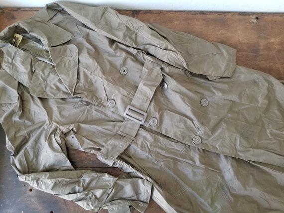 1958 Military mens raincoat trench / vintage milit