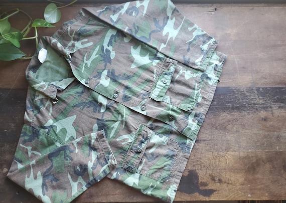 Vintage small camo crop jacket / 50s 60s 70s camo