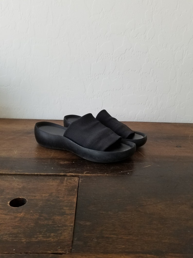 141cf1d6a84eb Vintage 90s black slides / 90s steve madden slides / 90s platform slides /  vintage Prima Royale slide shoes / 90s platform club kid shoes