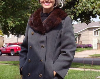 GRAY VINTAGE COAT double breasted wool with fur collar S