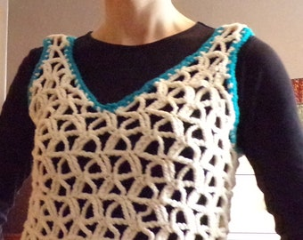VINTAGE CROCHETED VEST tank ivory turquoise S M 36 bust