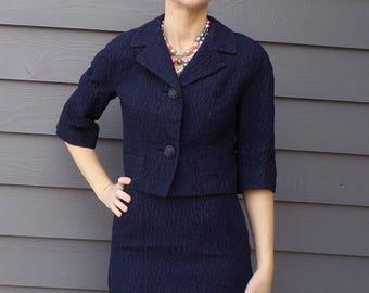 EMBOSSED NAVY BLUE golet originals skirt suit xs 1960's 60's (A9)