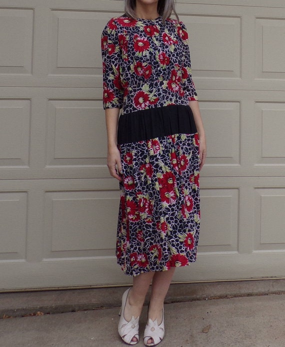 EARLY 1930's FLORAL DRESS silky rayon dropped wais