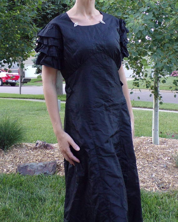 SILK TAFFETA 1930's DRESS black gown ruffle sleeve