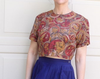 MEDALLION COIN novelty print cropped BLOUSE button back top M