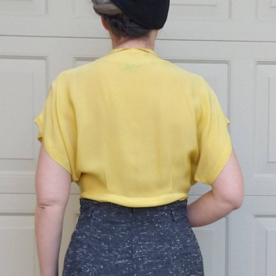 BUTTER YELLOW 1940's 1950's BLOUSE M L (F9) - image 2