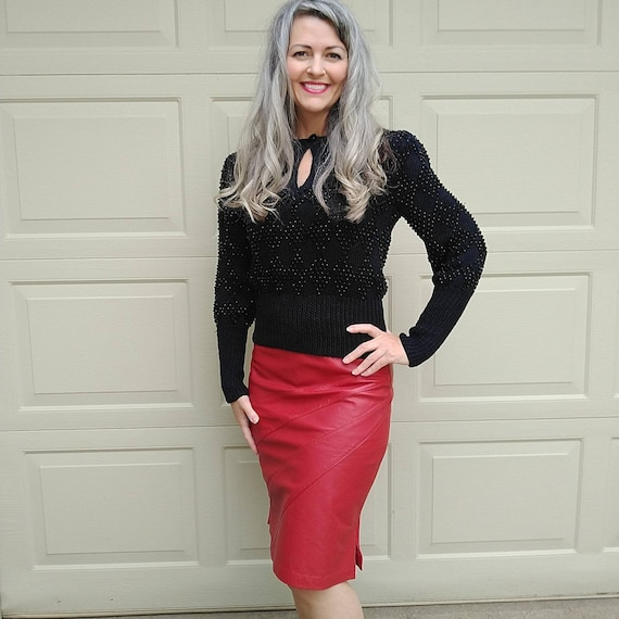 red LEATHER PENCIL SKIRT 1980s 80s mexico S (F4)