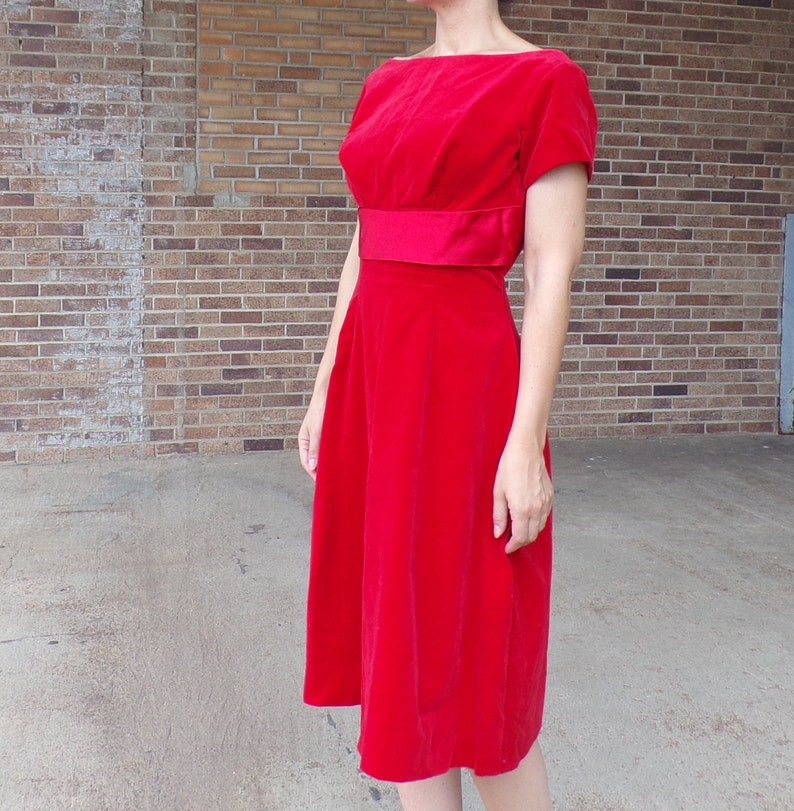 270650ab600 RED VELVET 1950 s 1960 s DRESS vintage party busty M