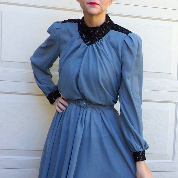 1970's does 1930's GRAY CHIFFON DRESS with belt S
