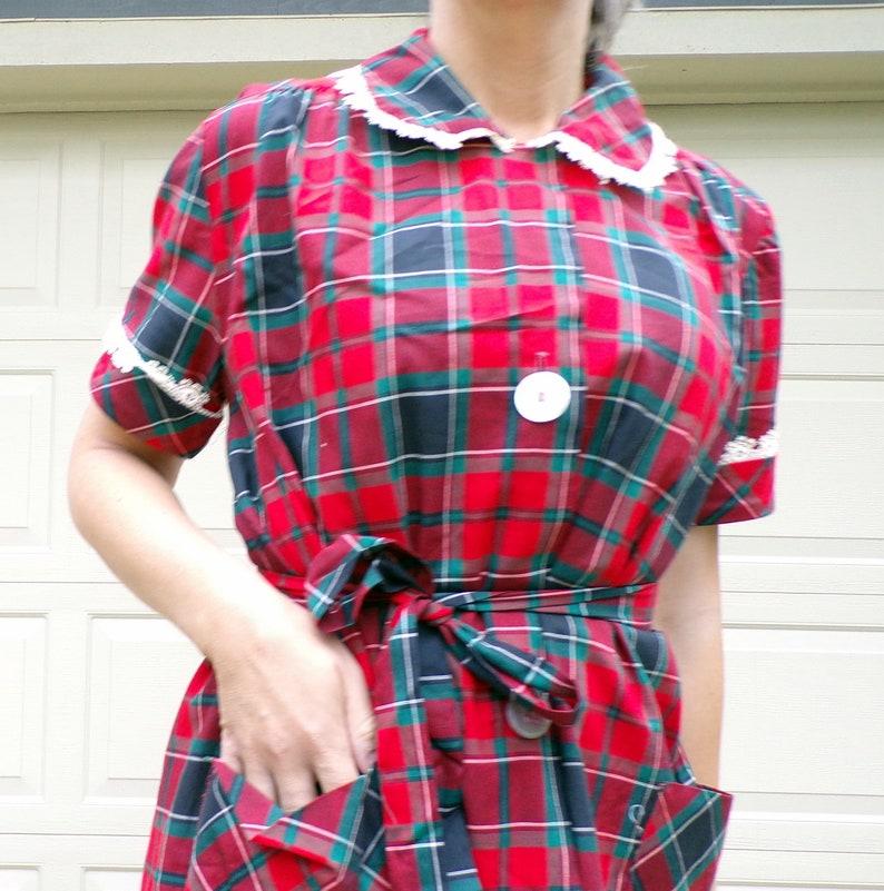 B9 RED PLAID maternity DRESS 1950/'s 1960/'s Peter Pan collar S