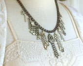 Stunning rhinestone neckl...