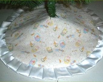 24 Rabbits Among Eggs with Sparkles Arkansewn Small Tabletop Easter Tree Skirt