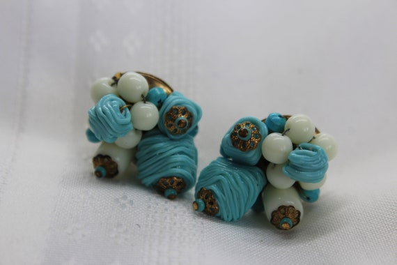 Carnegie Glass Bead Cluster Earrings Blue and Whit