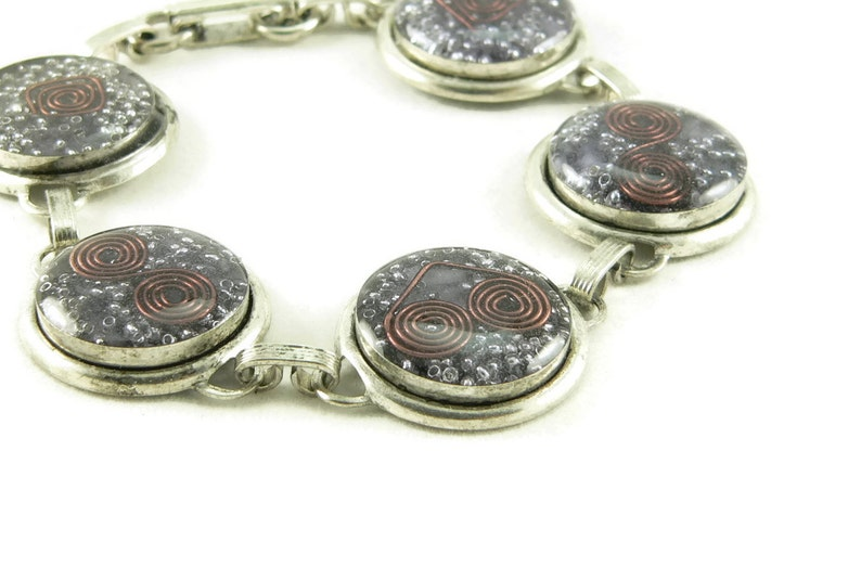 Orgone Energy Circle Link Bracelet in Antiqued Silver with image 0
