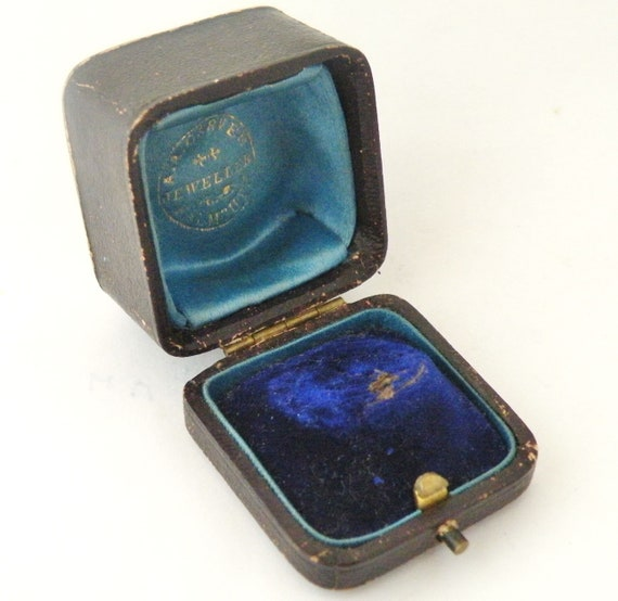 Victorian wedding ring box leather and velvet