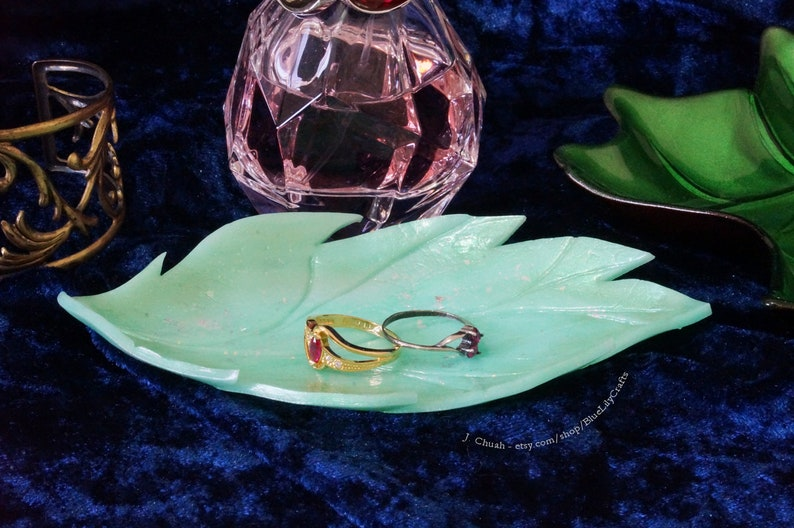 Small Jewellery Dish Iridescent Green Opal Shimmer Effect Decorative Plate Ring Holder made with Polymer Clay