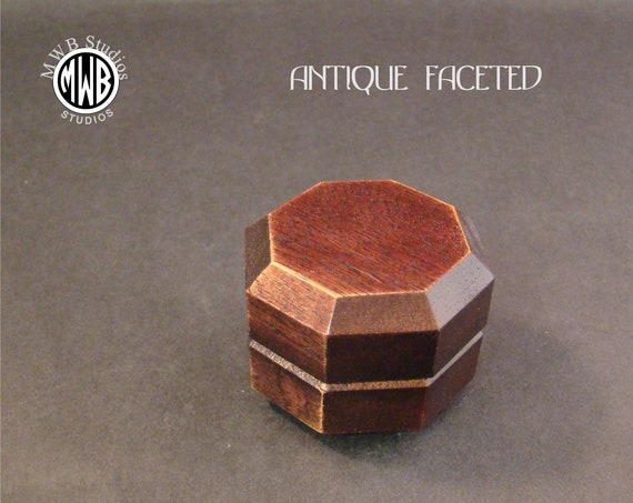 Ring Box Antique Style Facet. Free Engraving and Shipping. RB-87