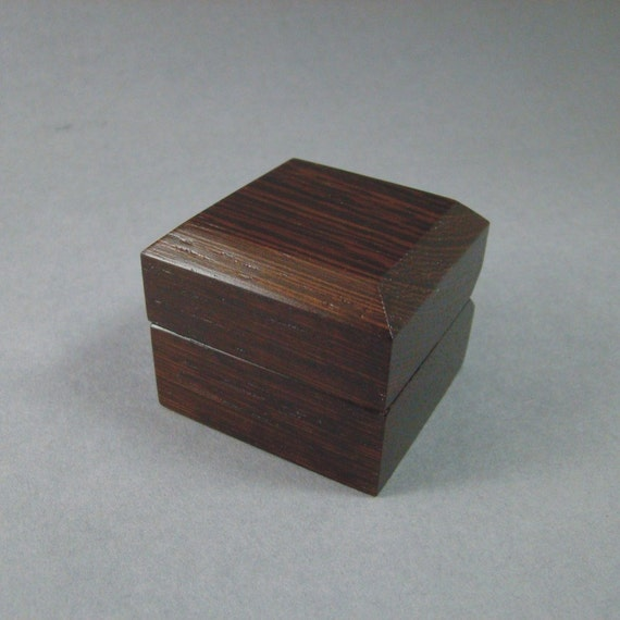 Ring Box Solid Wenge. Free Shipping and Engraving. RB-42