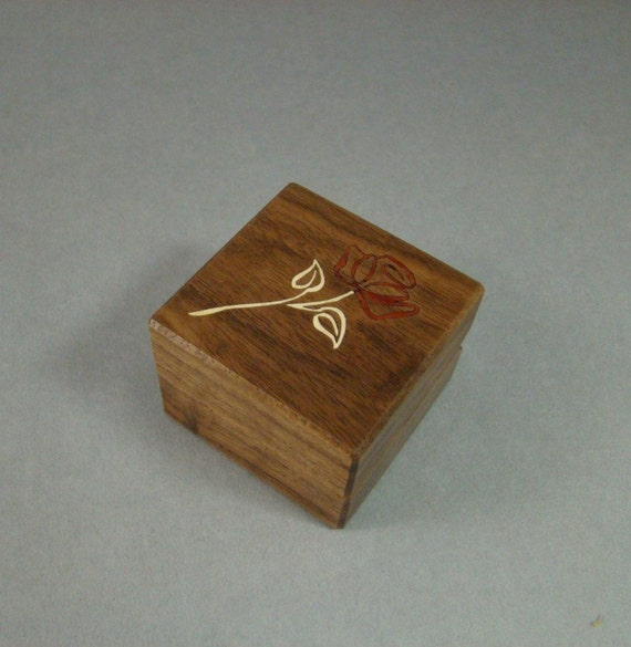 Ring Box Inlaid Contemporary Rose.  Free Shipping and Engraving. RB-32