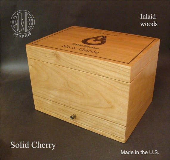 Humidor Handmade in the U.S. - HD75-1 Free Engraving, Free Shipping  within the U.S.