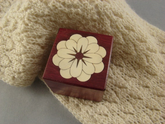Ring Box of Purpleheart with Inlaid White Flower of Holly.  Free Shipping and Engraving. RB-38