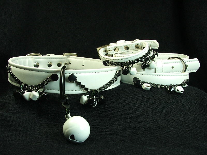 White,and,black,bdsm,set.,Slave,collar,cuffs,with,chains,bells,bdsm set, bondage collars and cuffs, slave bell collar, black and white bondage set, black and white bell collar, submissive collar and cuffs