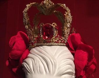 Red rose mini crown head band.