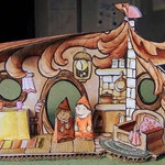 Dwarf Paper House in color