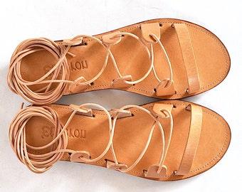 Sandales Spartiates lacets / Lace up sandal femmes / sandales gladiateur / grec à la main / cuir à semelles