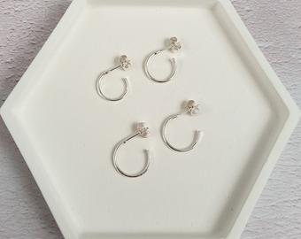 Silver Mini Hoops - Sterling Silver Dainty Hoop Earrings - Hammered or Polished Finish - Hoop Stud Earrings