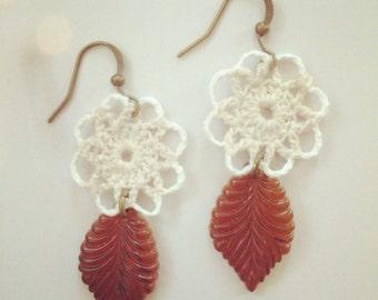 crochet drop earrings with amber leaves