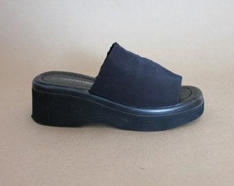 932de1b57 90 s Black Platform Slide - sz 7