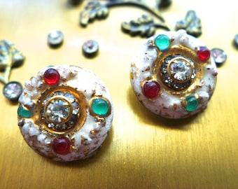 Vintage Atomic Earrings 50s clip on earrings gold tone setting Rhinestones enameled Disc shape UFO Fashion Jewelry
