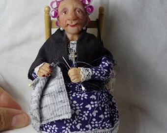 Ooak doll, 1:12 scale,handmade, miniature granny, dollhouse, polymer clay, handsculpt art doll, artist doll