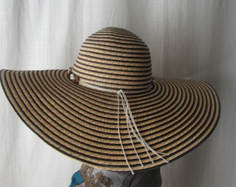 b9ec5a419d8 Woman HAT Big Floppy Hat Summer Beach Wedding Church Hollywood Chic made in  Mexico