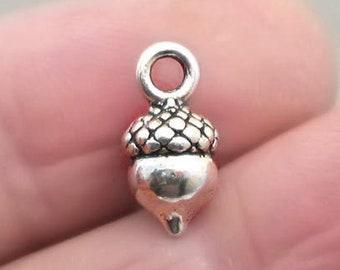 Small Acorn 3D pendant beads Antique Bronze 10X14mm CM0385B BULK 40 Acorn Charms