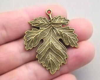 4 Maple Leaf Charms, Large Maple Leaf pendant beads, Antique Bronze 35X42mm CM1153B