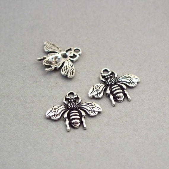 Wholesale 12pcs Tibet silver Bees Charm Pendant beaded Jewelry Findings NEW