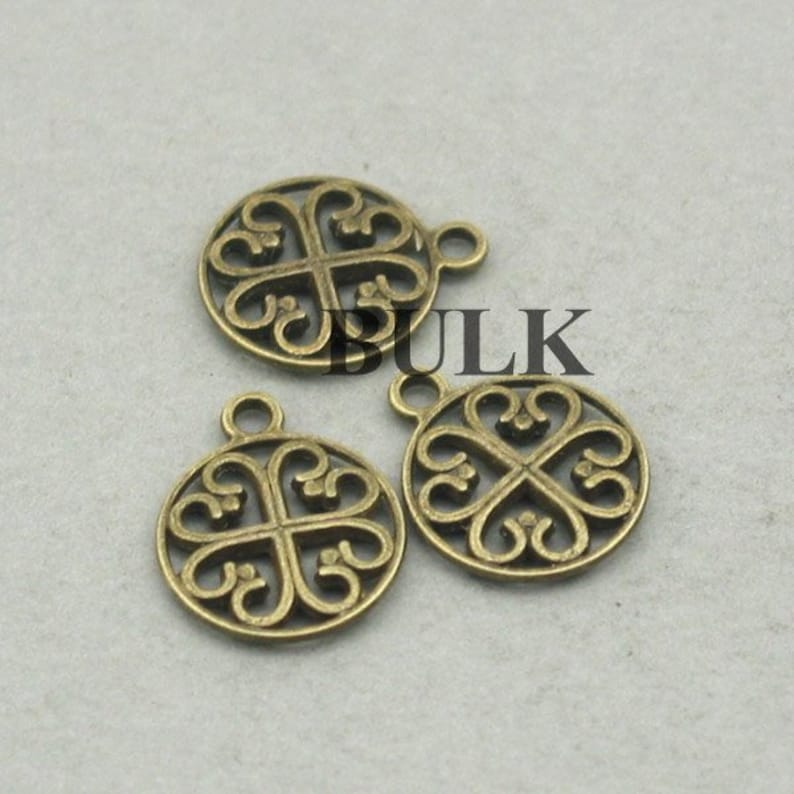 Antique Bronze 14mm CM0576B BULK 30 Celtic Clover Charms Wholesale Celtic Hearts pendant beads