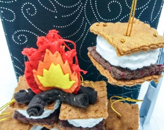 Mini Campfire, Mini S'mores Hand Stitch Holiday Ornaments | Eco-friendly fabric | Christmas Gift
