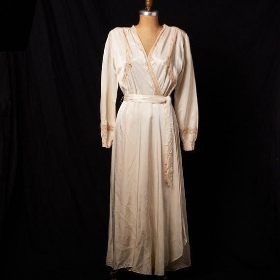 1940s Bridal Satin Robe Dressing Gown - image 1