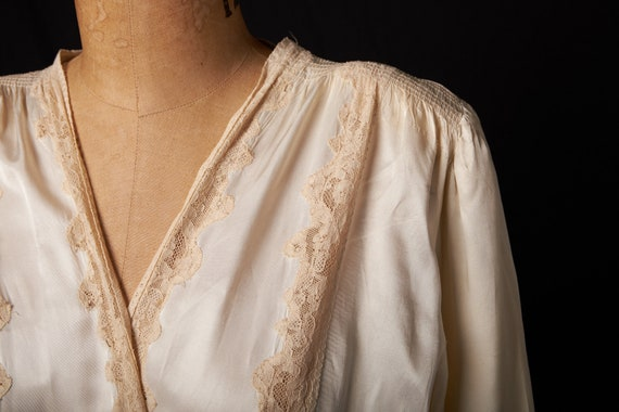 1940s Bridal Satin Robe Dressing Gown - image 7