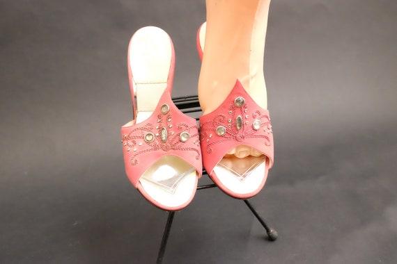 Vintage 1950s Spring-o-lators Heels Shoes Pink Spi - image 4