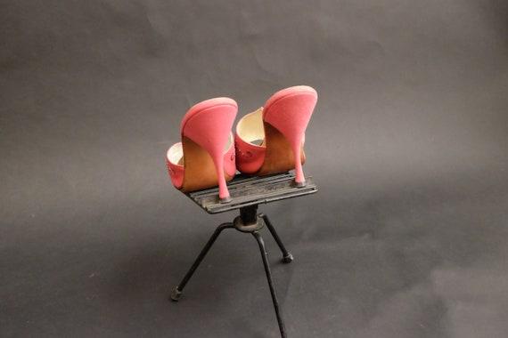 Vintage 1950s Spring-o-lators Heels Shoes Pink Spi - image 9