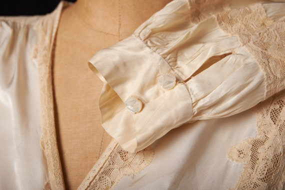 1940s Bridal Satin Robe Dressing Gown - image 8