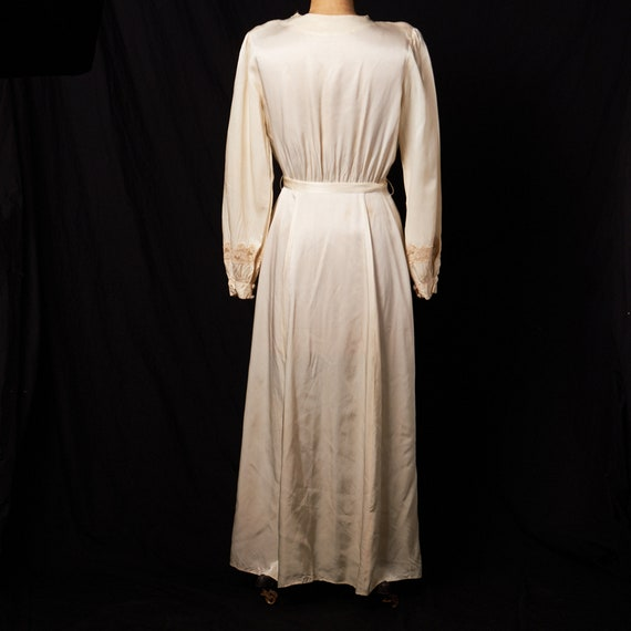 1940s Bridal Satin Robe Dressing Gown - image 3
