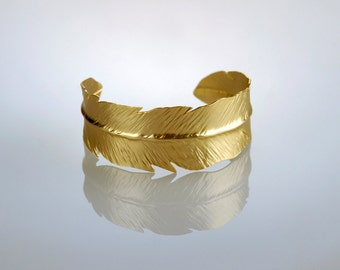 Gold Feather Bracelet,  Feather Cuff, Woodland Bangle, Feather Bangle, Woodland Jewelry, Gold Cuff, Feather jewelry, Leaf Bracelet